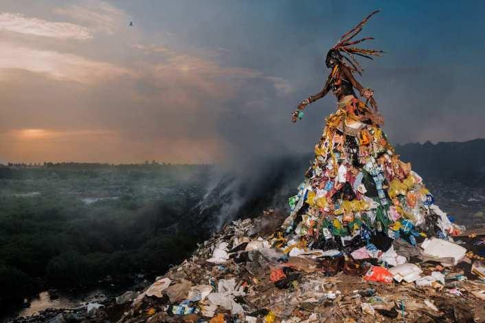 Monteiro_Africa_trash